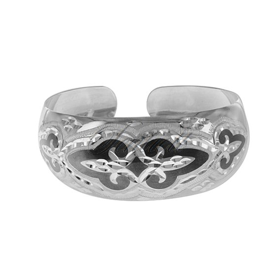 Silver (925) bangle with a black pattern