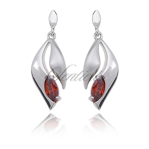 Silver (925) earrings garnet zirconia