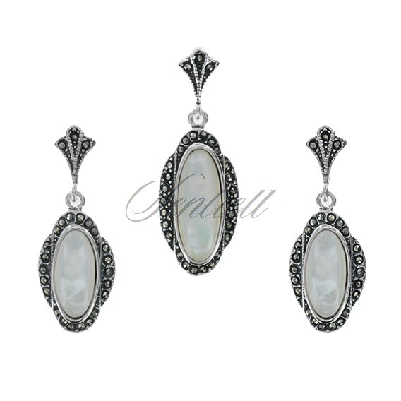 Silver (925) jewelry set (earrings and a pendant) - marcasites and opal