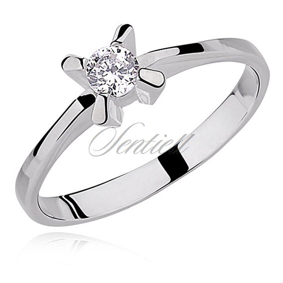 Silver (925) ring small white zirconia with 4 prong setting