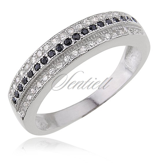 Silver (925) ring with black & white zirconia