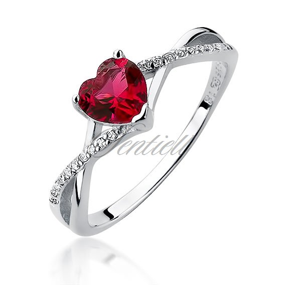 Silver (925) ring with ruby zirconia heart