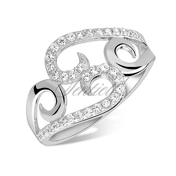 Silver (925) sophisticated ring with white zirconia